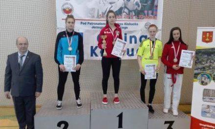 Dwa medale z  XXVII Mistrzostw Polski Juniorów w Taekwon-do  dla zawodników LKS Matsogi Ciechanów