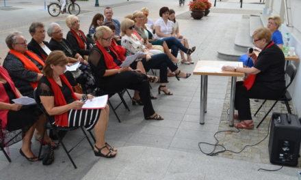 """Powiatowa Biblioteka Publiczna  w Ciechanowie też czytała """" Przedwiośnie"""""""
