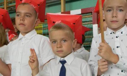 Uczniowie rozpoczęli nowy rok szkolny