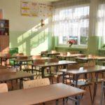 Szkoły odstępują  od strajku