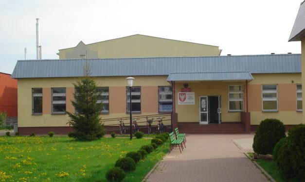 Dekomunizacja w gminie Sońsk. Patroni szkół do wymiany