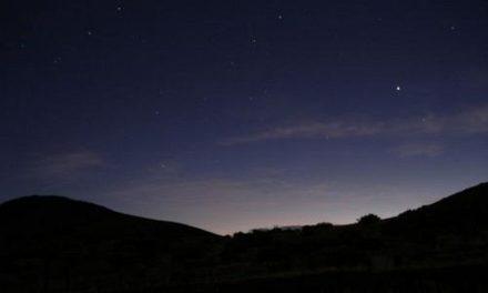 Spójrz w niebo.Dziś pierwsza w tym roku noc spadających gwiazd