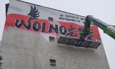 Ciechanów: Powstaje mural na 100-lecie odzyskania niepodległości