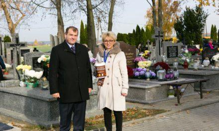 Kwestowali na ciechanowskich cmentarzach