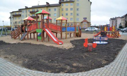 Nowy plac zabaw i siłownia przy ul. Księcia Konrada II gotowy