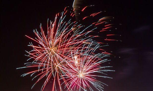Glinojeck: Burmistrz zaprasza mieszkańców by wspólnie powitać Nowy Rok przed urzędem