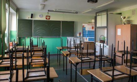 Nie będzie przywrócenia tradycyjnych zajęć w szkołach