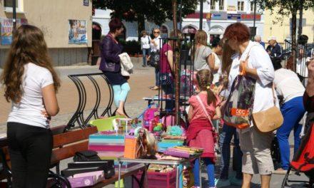 Ciechanów: W piątek jarmark dziecięcy na ławeczkach