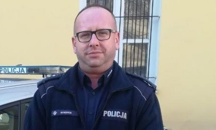 Policjant z Posterunku w Ojrzeniu w trójce najpopularniejszych dzielnicowych na Mazowszu