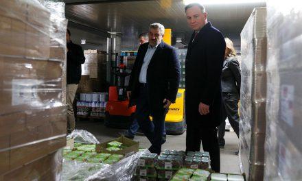 Andrzej Duda w Banku Żywności w Ciechanowie
