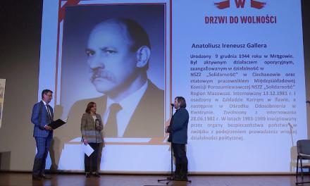 """""""Drzwi do Wolności"""" dla Anatoliusza Ireneusza Gallery"""