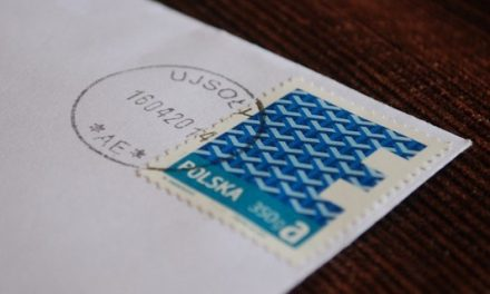 Poczta Polska rezygnuje ze znaczków na listach poleconych