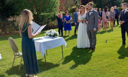 USC Regimin: Ślub w plenerze